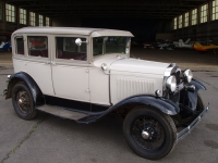 Ford Model A Fordor De Luxe Saloon